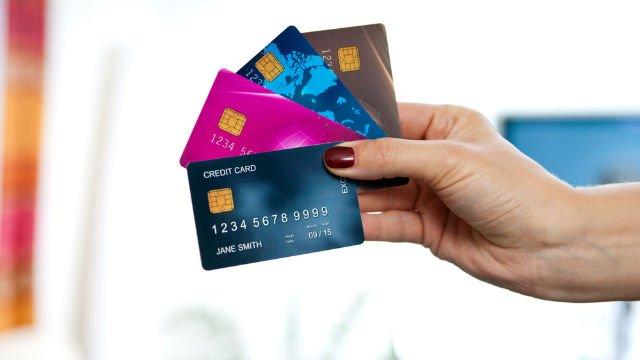 Thẻ tín dụng - con đường ngắn nhất dẫn đến dư nợ ngân hàng