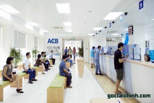 Có nên vay hay gửi tiết kiệm vay tại ngân hàng ACB