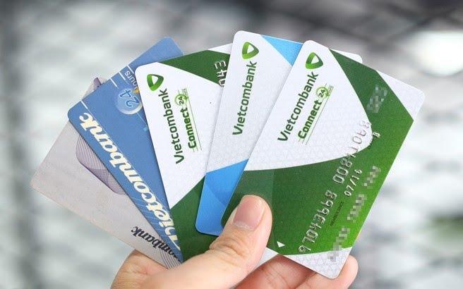 Thẻ ATM Vietcombank có thời hạn bao lâu